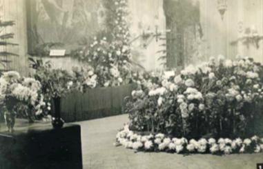 Les exposicions de crisantems al Centre de Lectura de 1925 a 1950